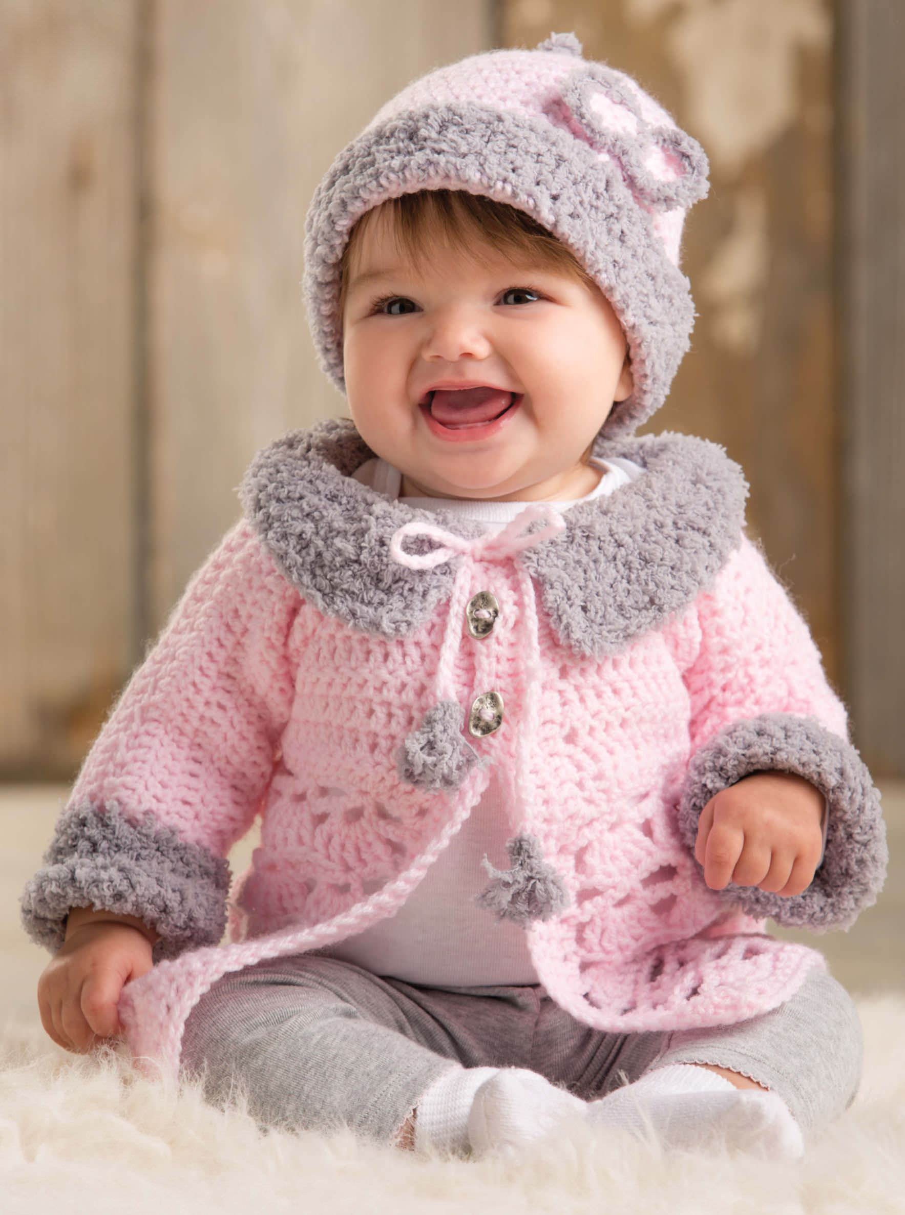 Baby boys' pullover sweaters Pullover baby boys' sweaters are a popular choice for daily wear. They come in several different colors and baby-friendly patterns, including teddy bears, bunnies, and .