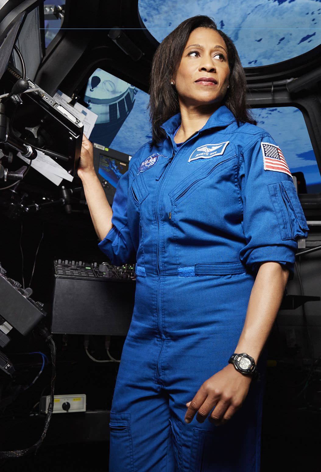 female astronaut epps - photo #10