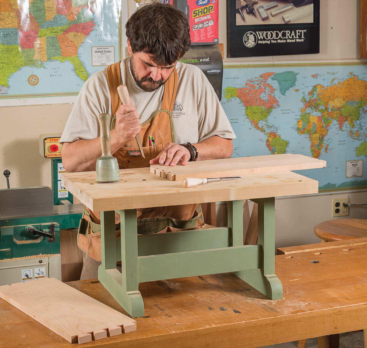 Make A Mini Workbench