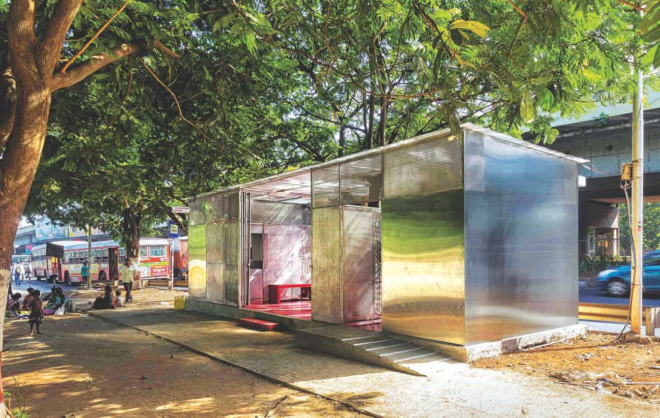 Restroom for women from old shipping container - Shipping container public bathroom ...