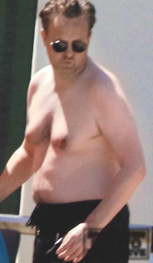 Matthew Perry Nude 37
