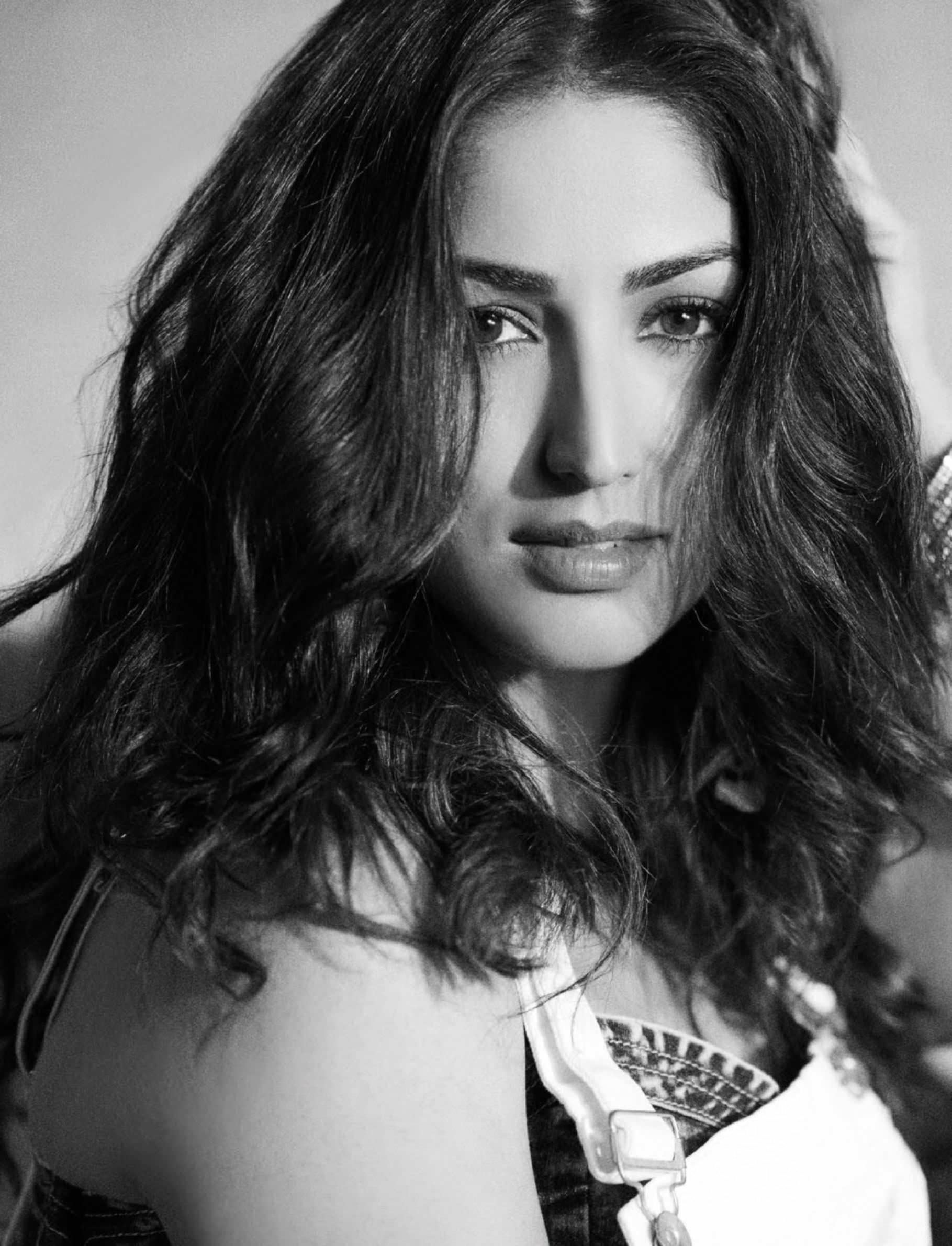 Yami Gautam: Dont Get Into Relationship Thinking About ...