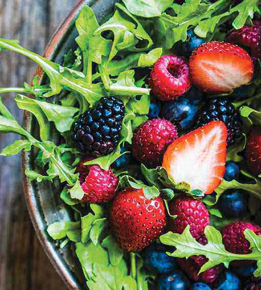 Learn How To Eat Clean With These 7 Detox Tips