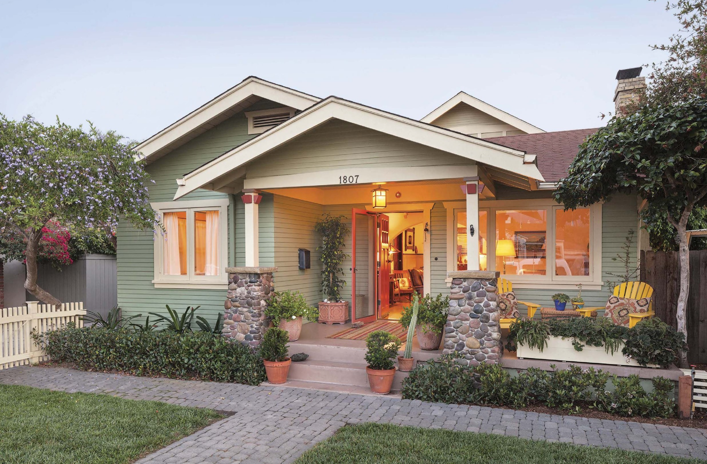 Simple living in santa barbara for Simple living homes