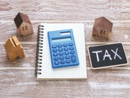SALARIED EMPLOYEES WHO GET HRA CAN'T CLAIM DEDUCTION UNDER SECTION 80GG ON RENT PAID