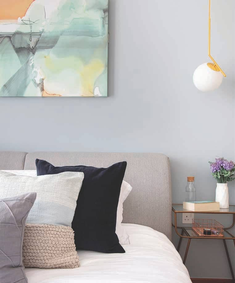 Avoiding Heavy Construction Works, This Flat Was Brought To Life With Carefully Chosen Furniture
