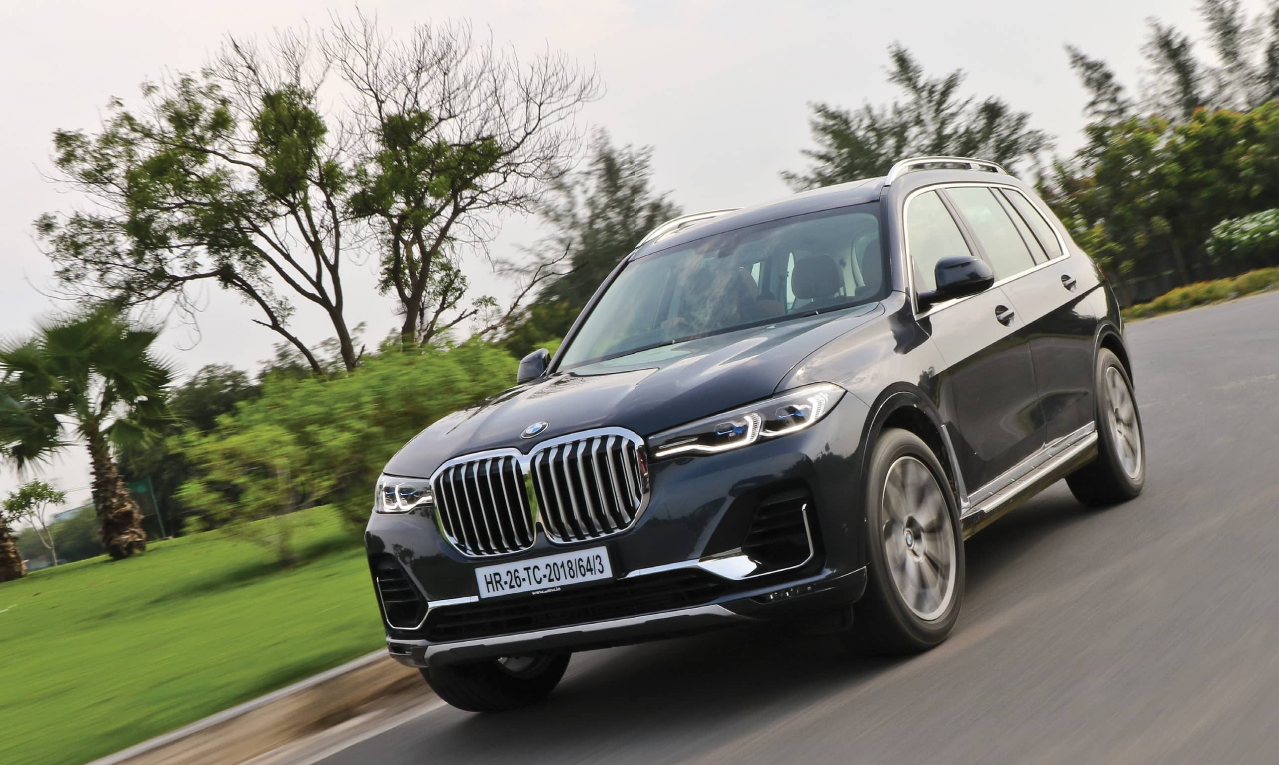 BMW X7 - German Carmaker's Flagship SUV Is Here