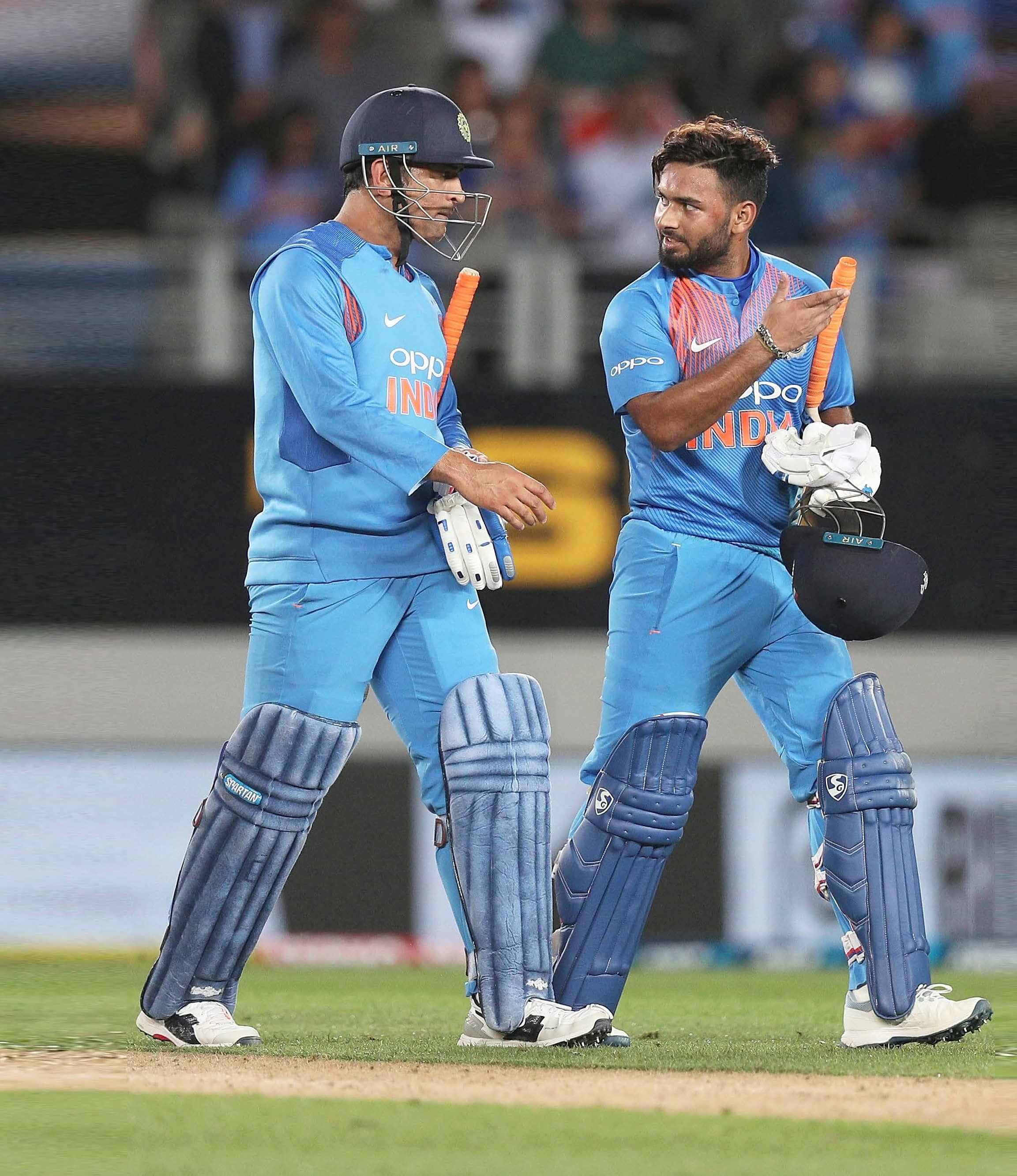Is It Fair To Compare Pant With Dhoni?