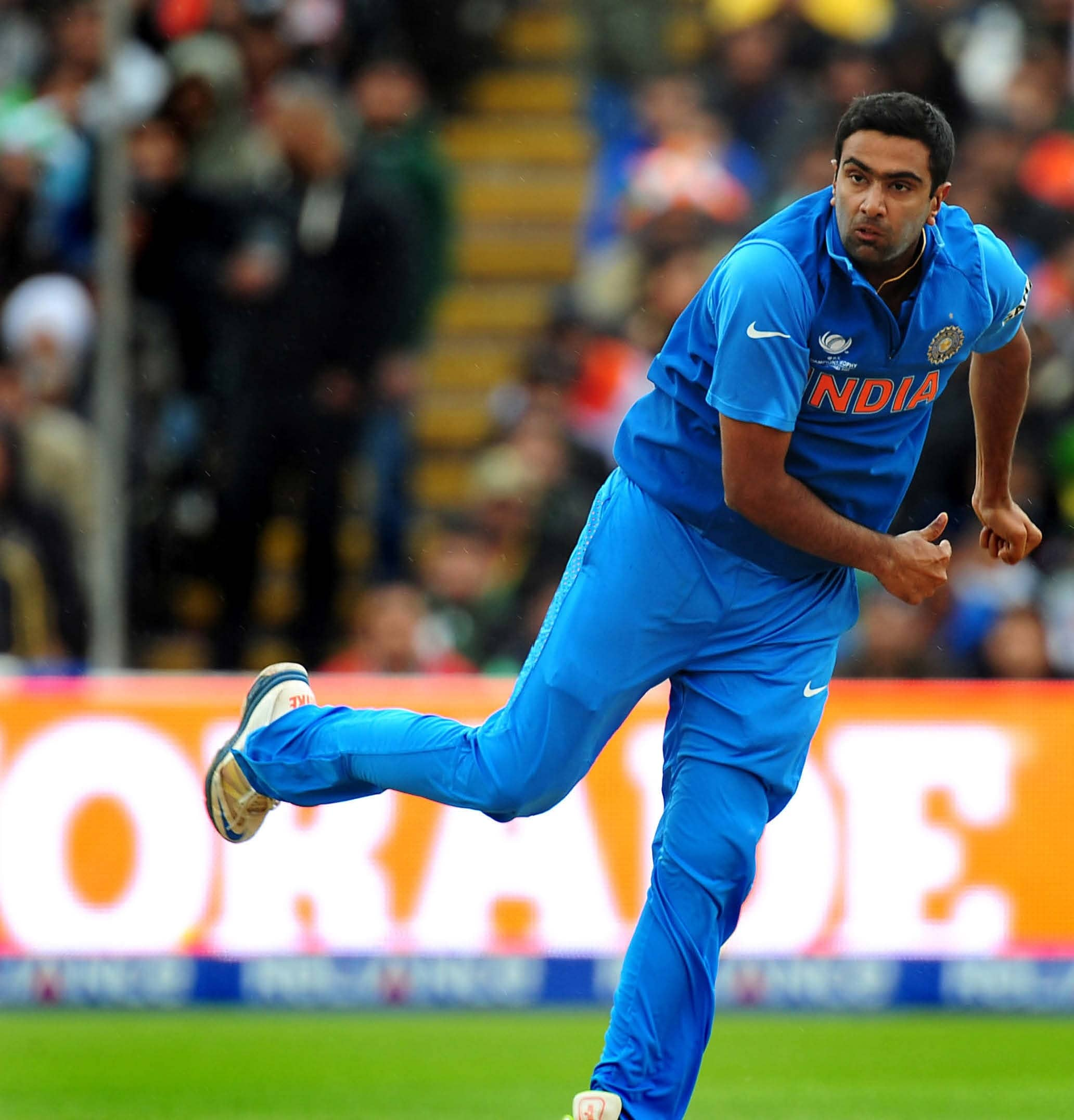 ASHWIN'S PLACE IN INDIAN TEAMS–THE DEBATE REIGNITES
