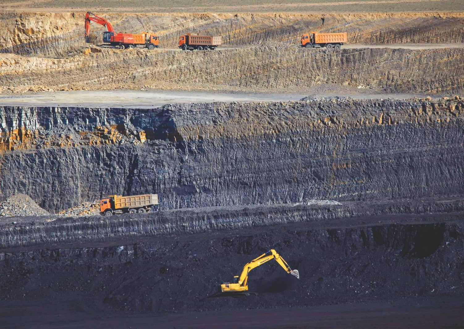 GOVT TO INVEST RS 1 LAKH CRORE TO RAMP UP COAL PRODUCTION