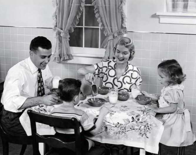 As It Gets Harder To Gather The Family For Dinner, Parents Turn To Breakfast