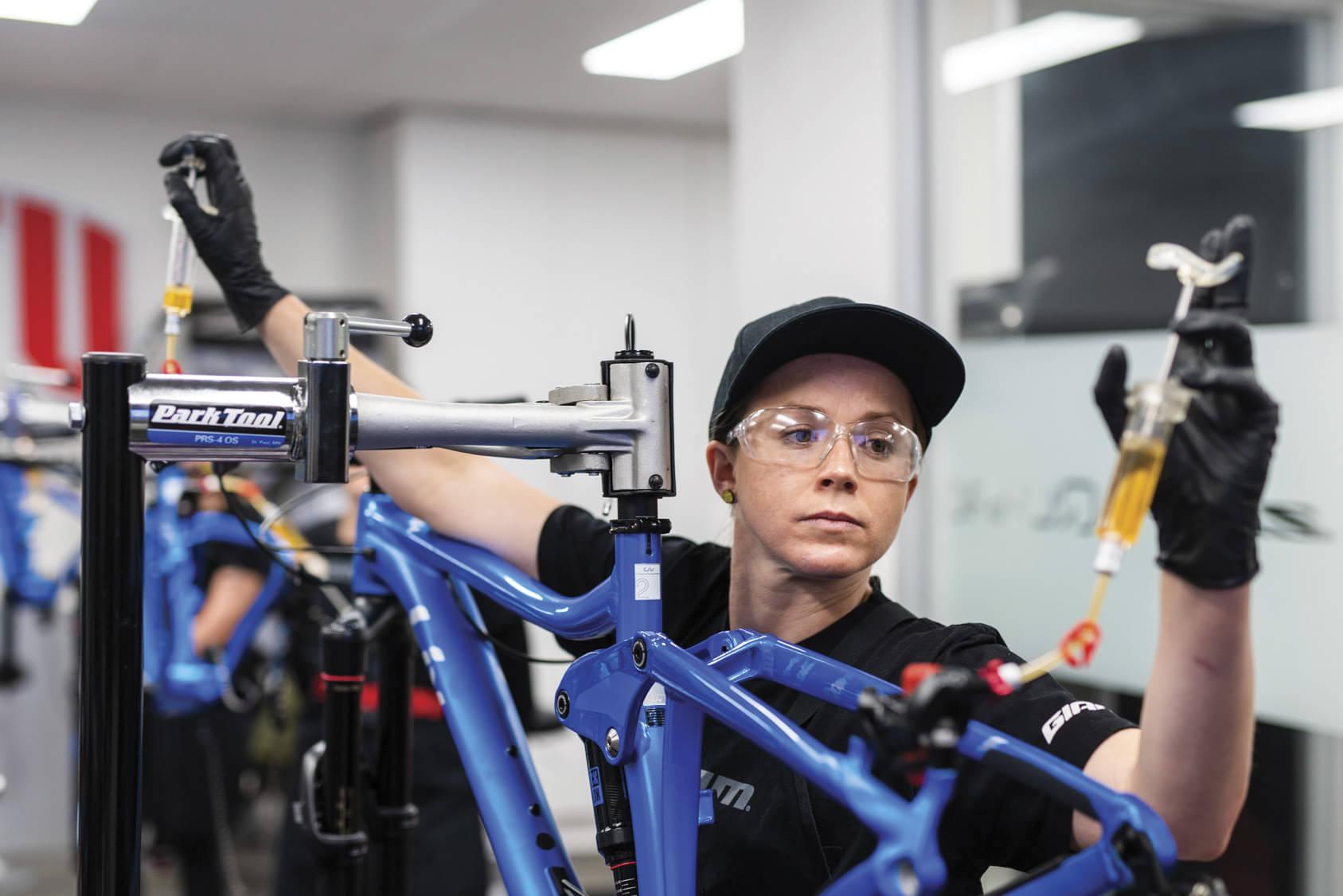 Liv X Stu Launch Women's Specific Mechanics Course