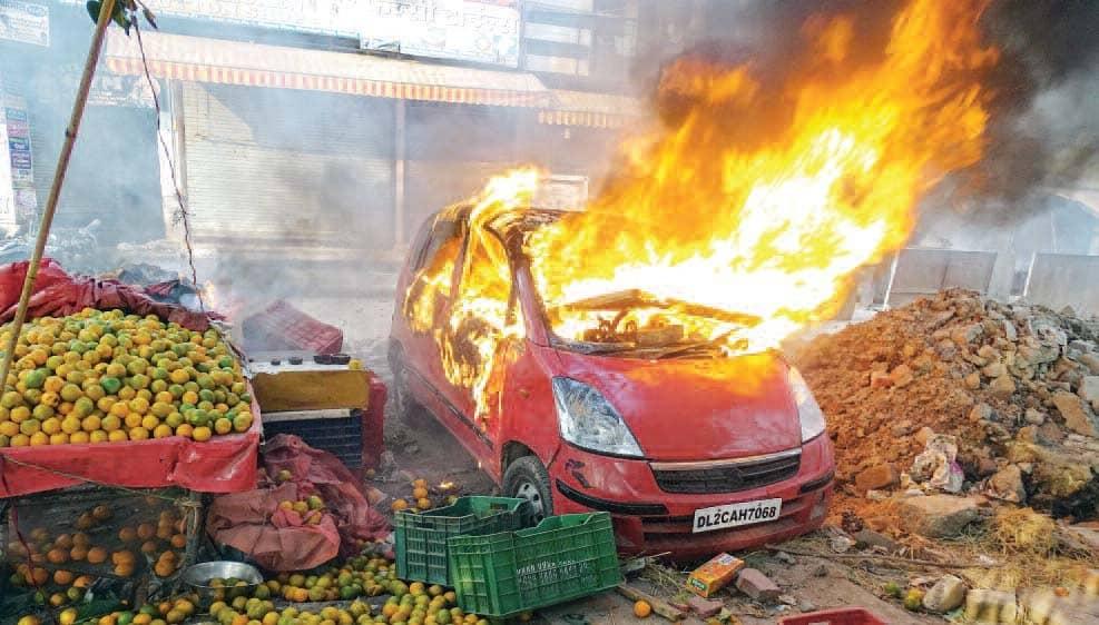 Damn it! - It's a War in Delhi