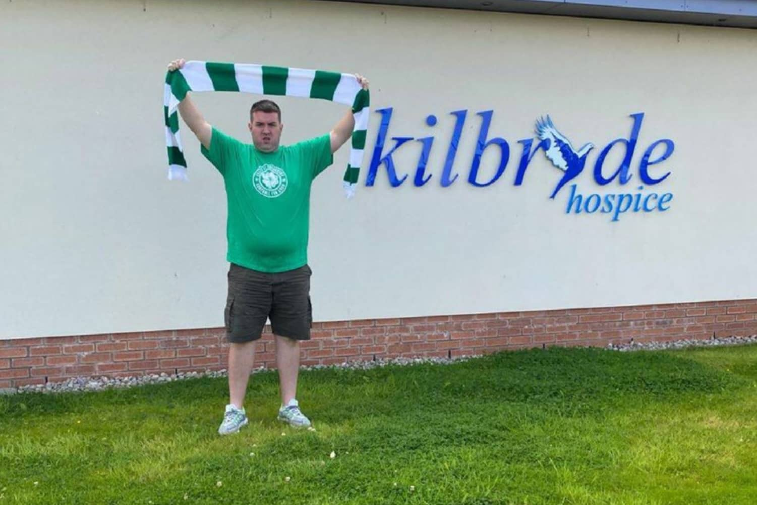 Brian Walking To Paradise For Foundation And Kilbryde Hospice
