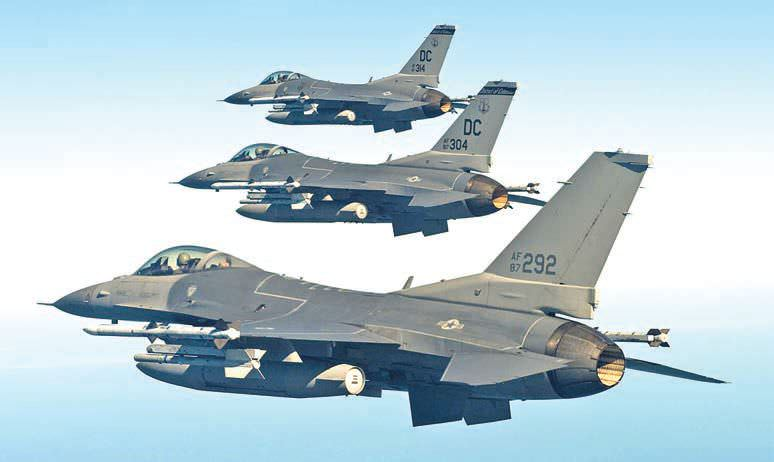 Indias Single Engine Fighters Race Hots Up