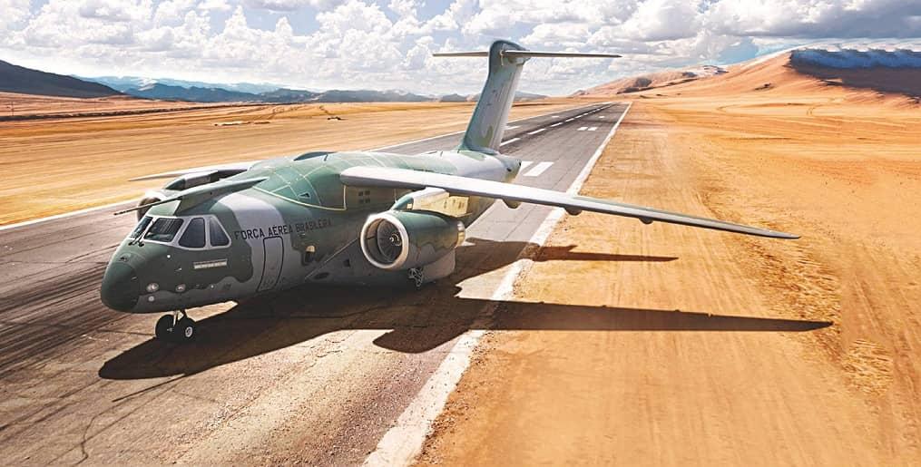 KC 390 FLIES INTO TURBULENCE