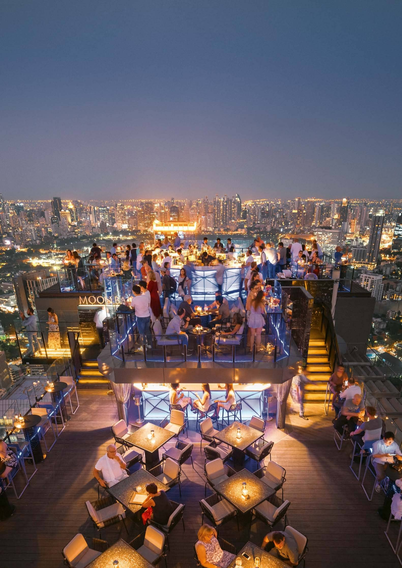 15 Rooftop Bars Across The World