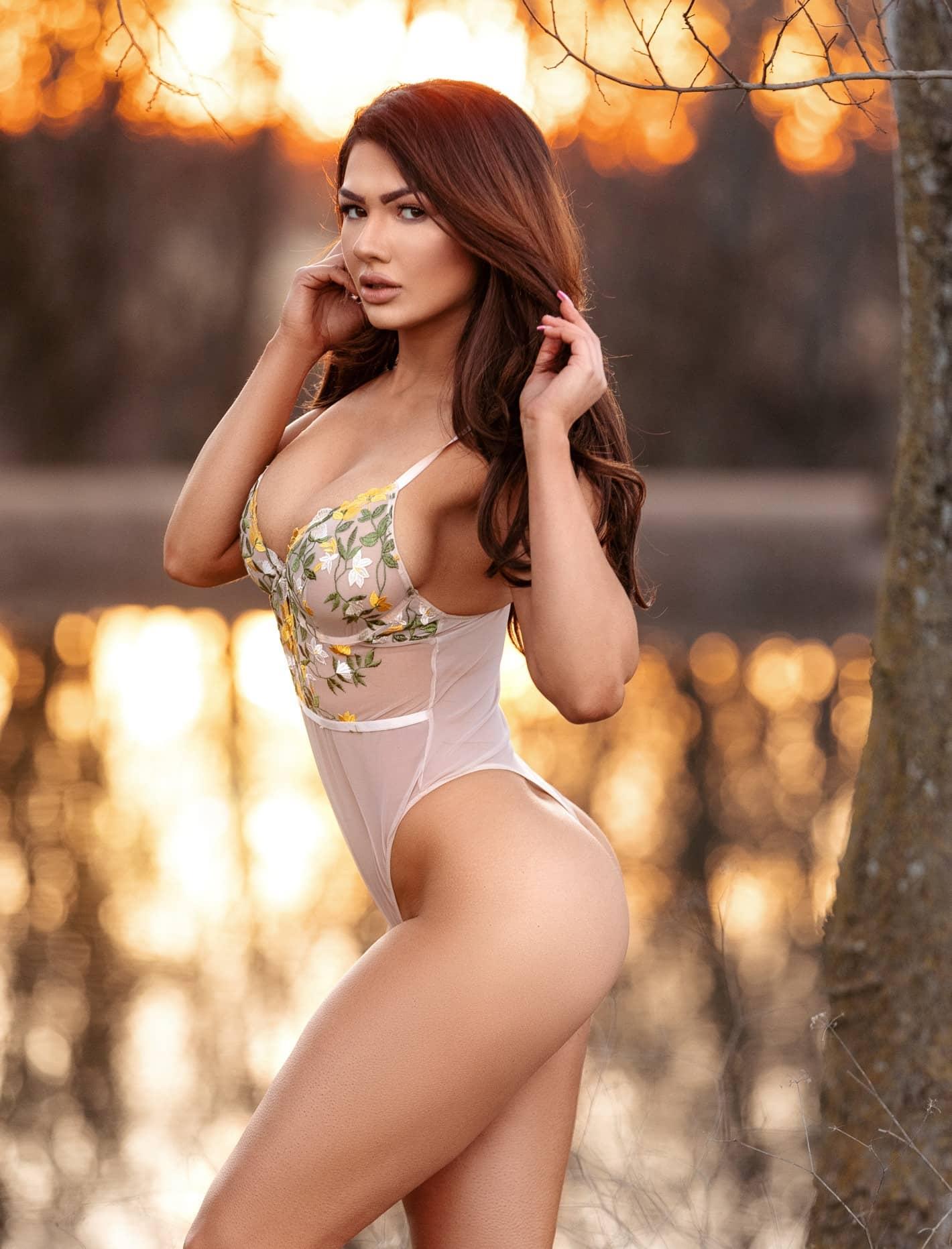 Melanie SAN ROMAN