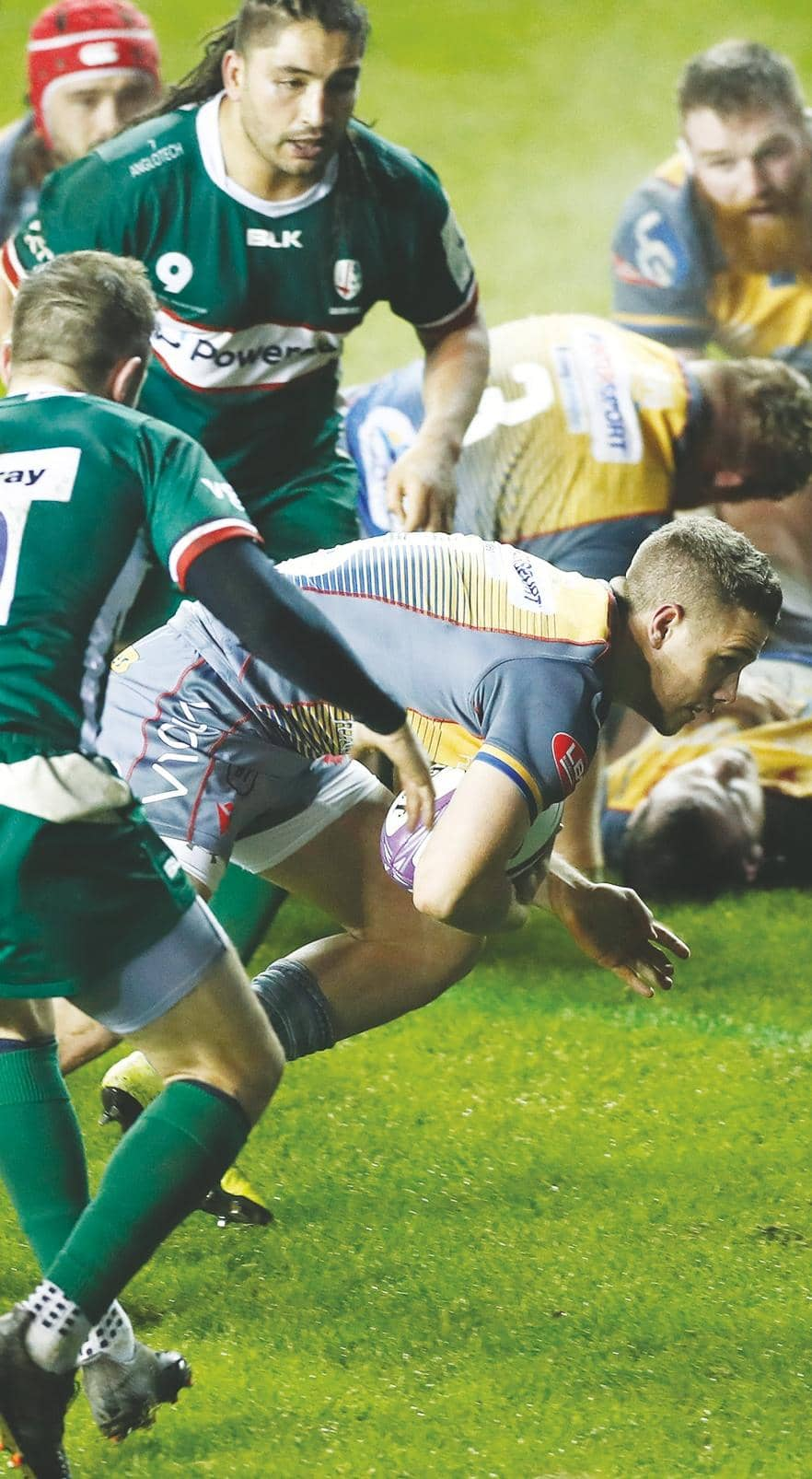 Lyon offer an escape route to Sarries trio