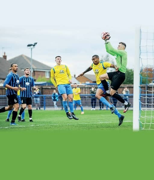BLUES IN FORM AS THEY EYE THE TOP