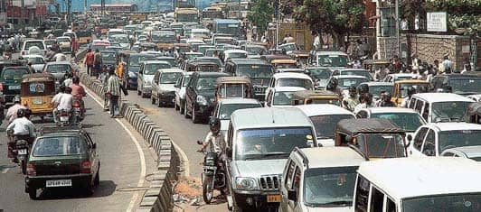 Vehicle Owners In A Rush To Buy Insurance To Avoid Hefty Fines