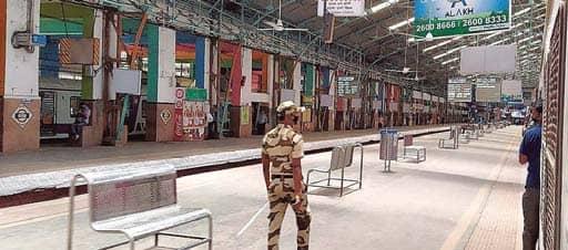 COVID-19 Rising In Maharashtra Non-Essential Workplaces In Mumbai, 3 Cities Shut