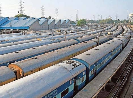 With No Clear Signal From Rlys, States Explore Ways To Bring Back Migrants