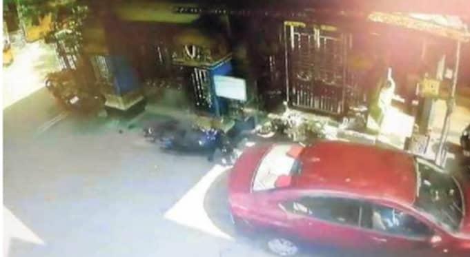Rash Driving By Teen Leaves 2 Injured, 10 Vehicles Damaged