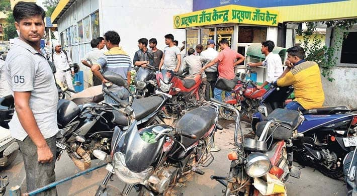 Govt. Gears Up To Manage Rush At Pollution Checking Centres