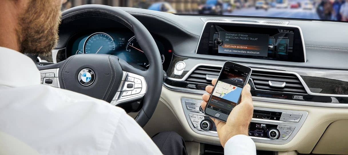 CONNECTING TECHNOLOGIES SHAPING FUTURE OF MOBILITY