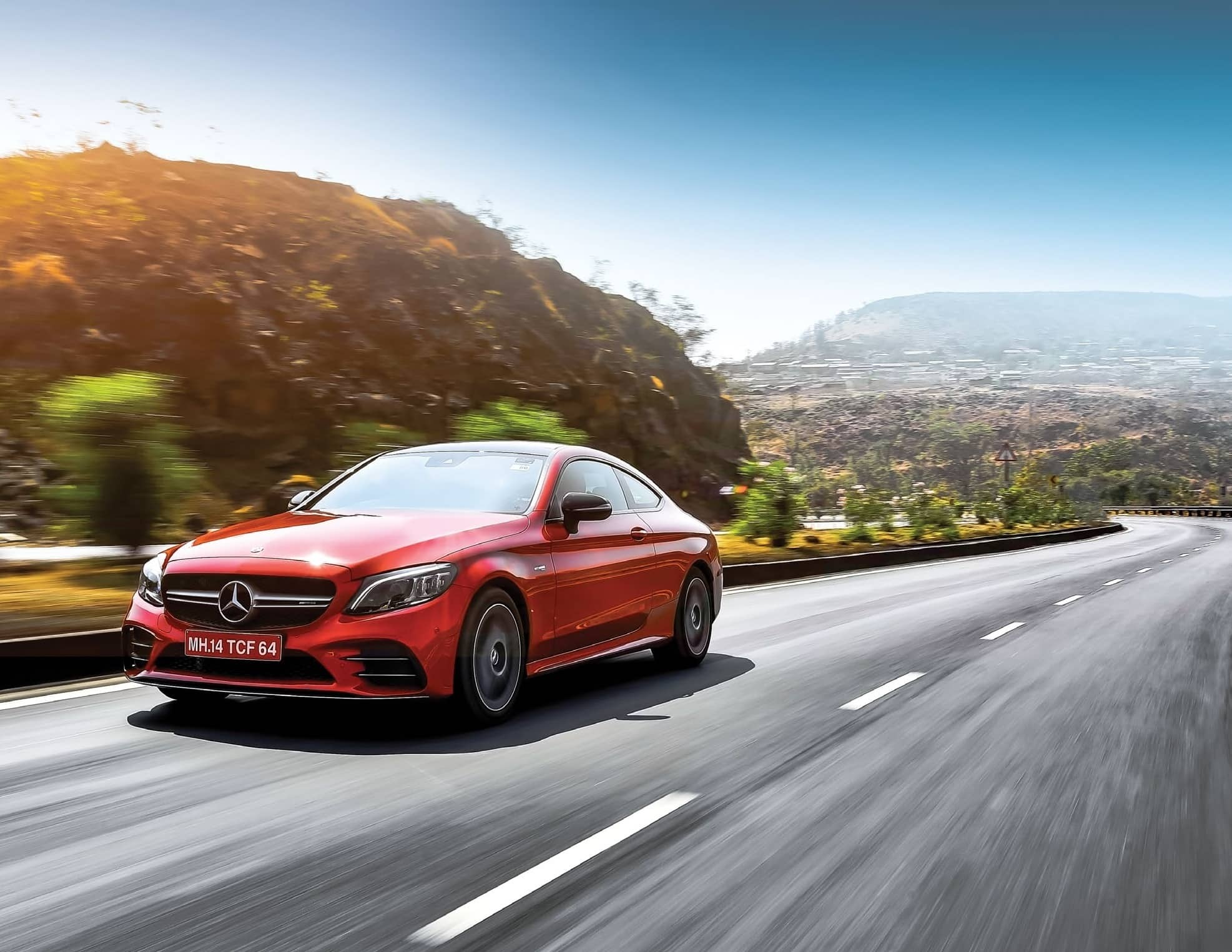 Mercedes - AMG C 43 Fast, Beautiful And Sings Wonderfully Too!