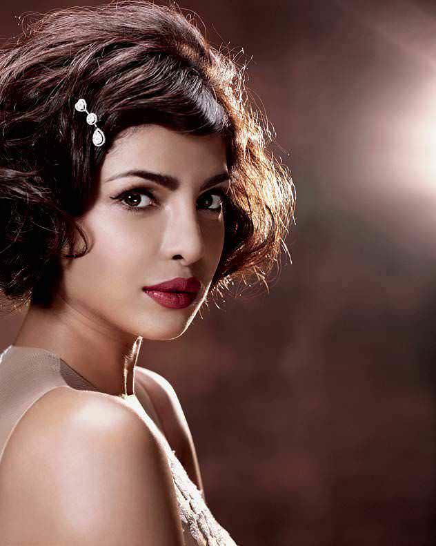 Hauter Than The Tropics: Priyanka Chopra