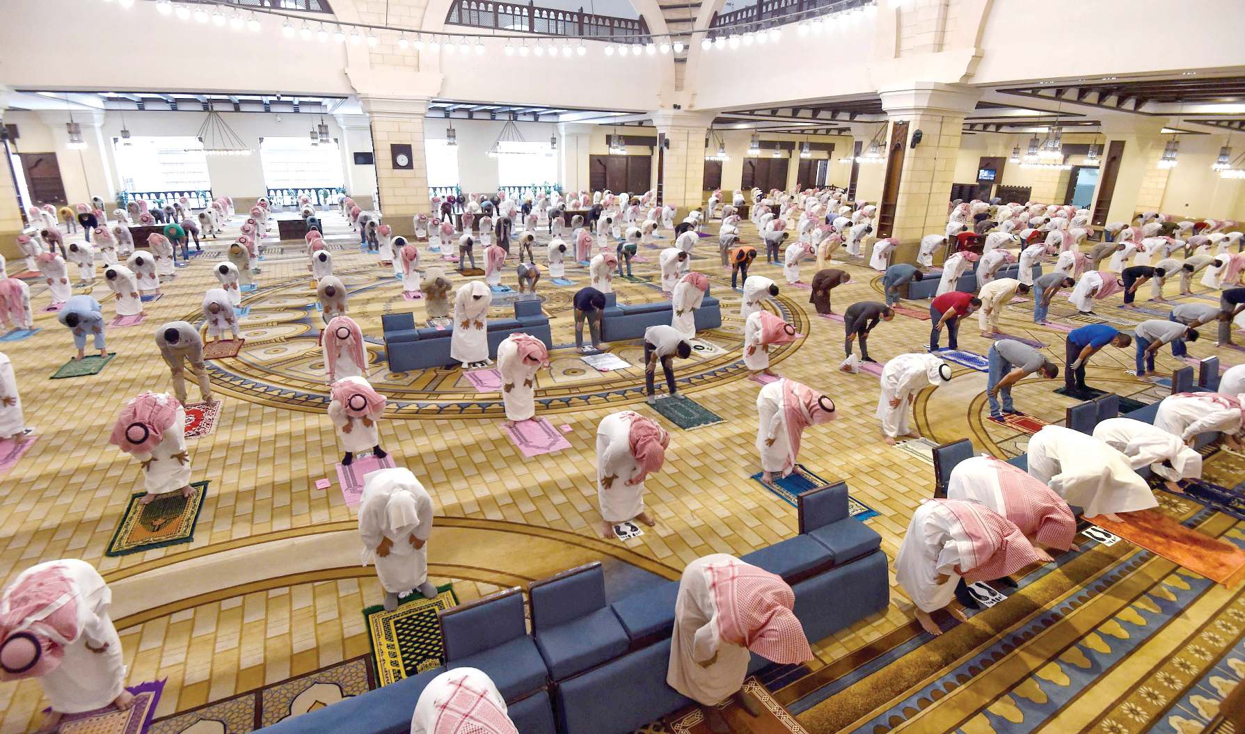 Faithful Flock To Mosques In Saudi As Lockdown Eases