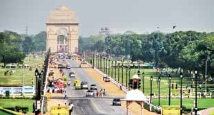 Delhi Breaths Easy as Favourable Weather Reduces Pollution Levels