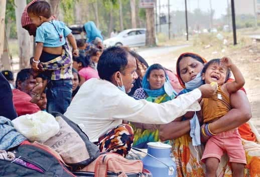Ensure Food, Shelter, Free Journey Home For Migrant Workers: SC