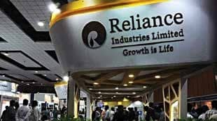 Reliance Industries Rolls Back Salary Cuts, Offers Bonus