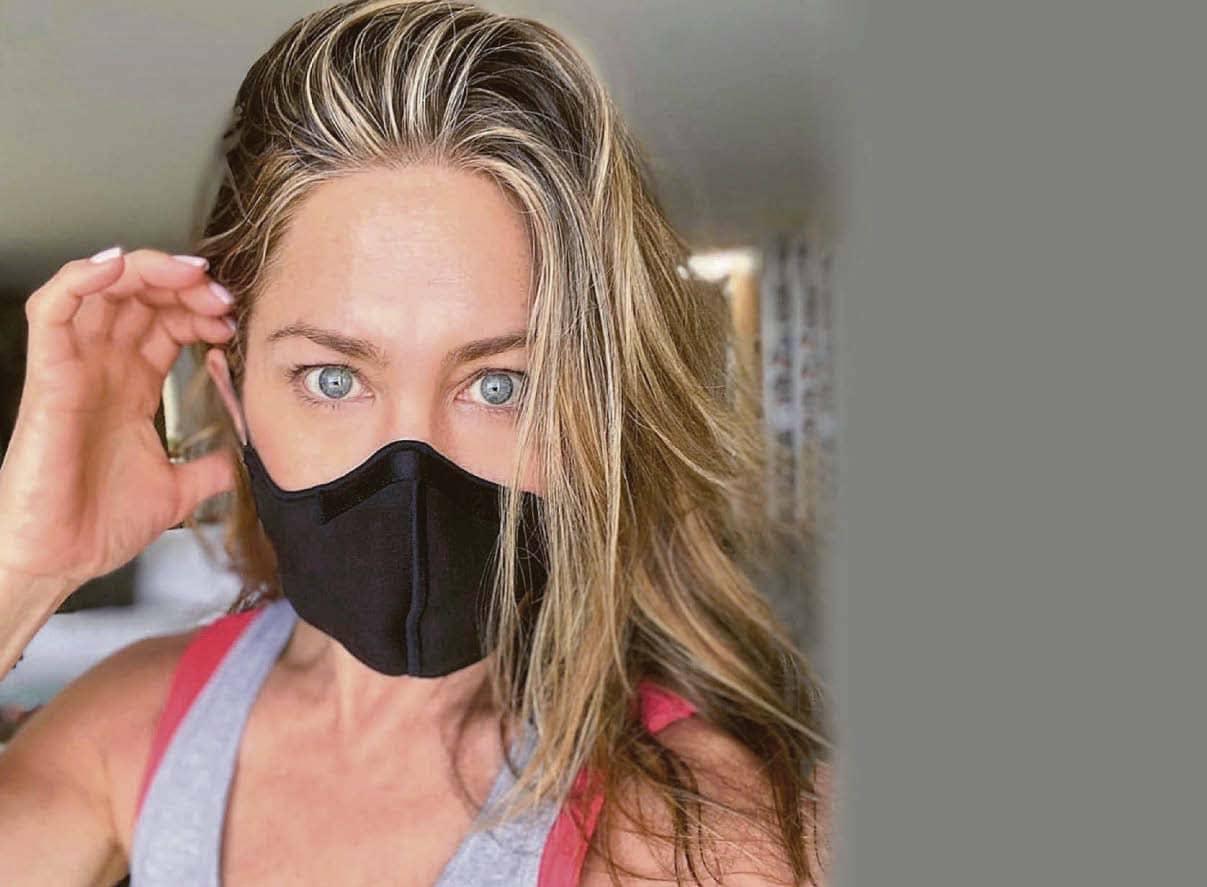 Cover Up, Jen Urges Friends