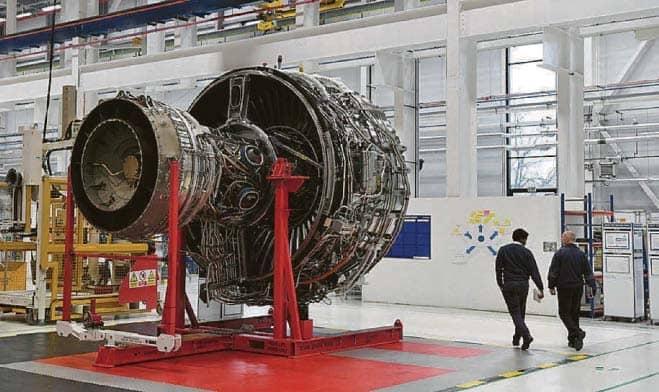 3,000 UK Rolls-Royce Staff Seek Redundancy