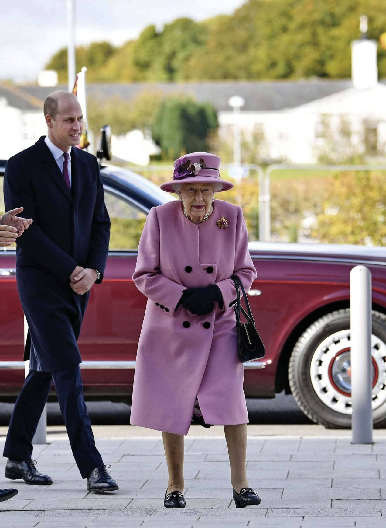 THE QUEEN'S 'MATERNAL' BOND WITH WILLIAM