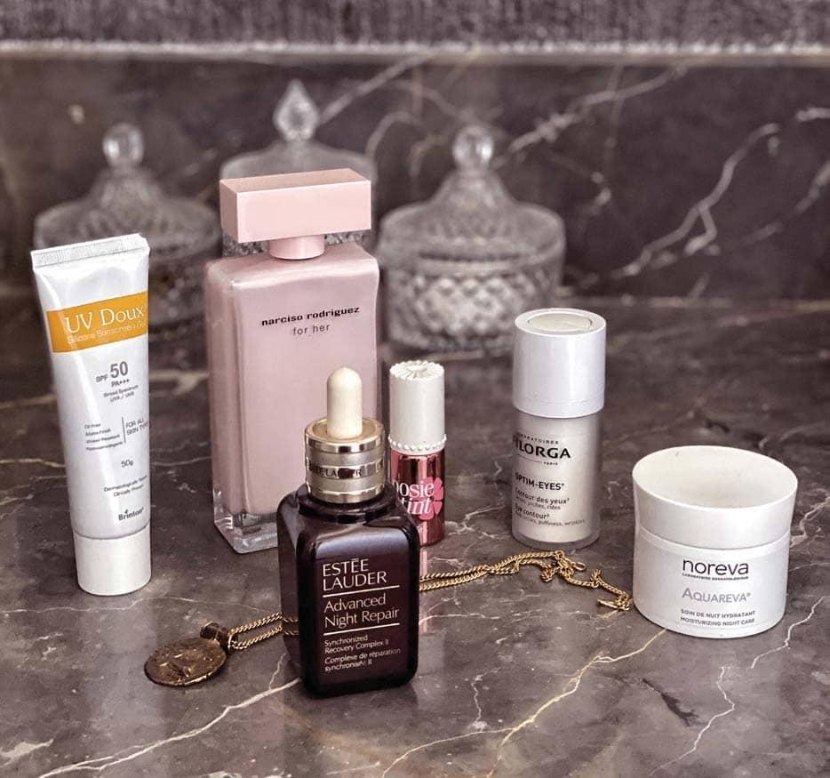 Show Us Your Bathroom Shelfie