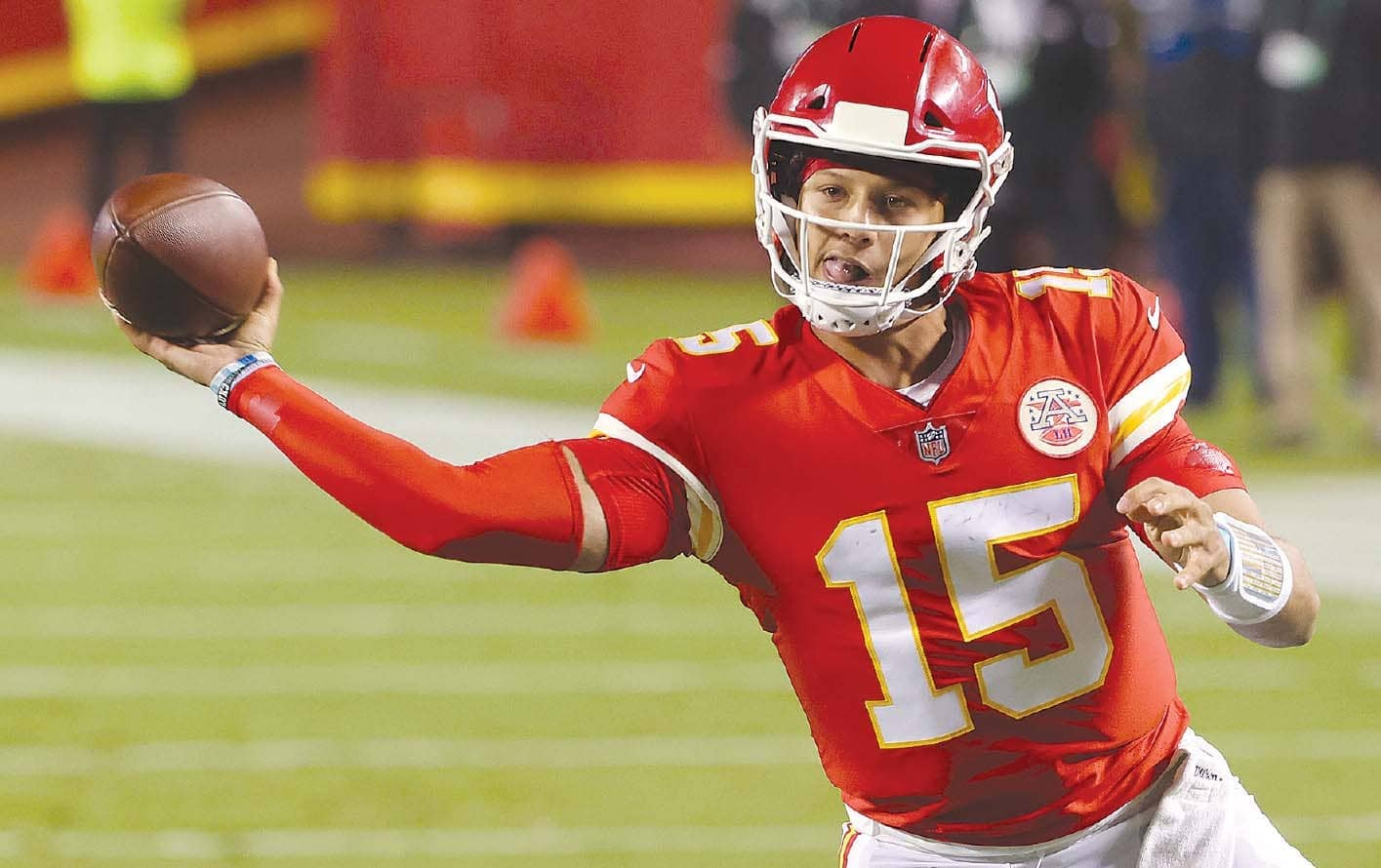 Two-Minute Drill : With Mahomes, we're watching history