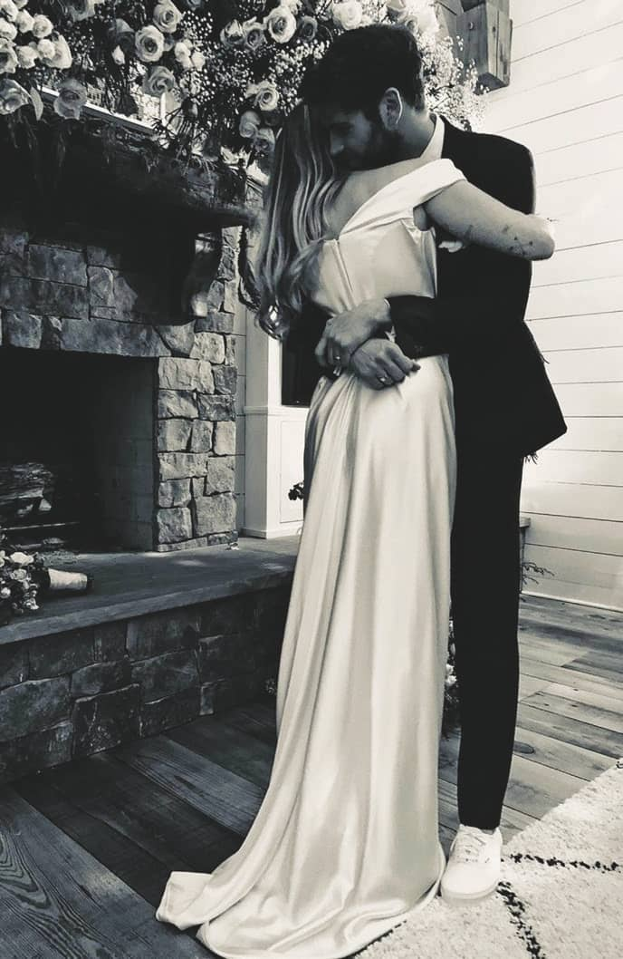 Here's How Celebs Pull Off Those Super-Secret Weddings