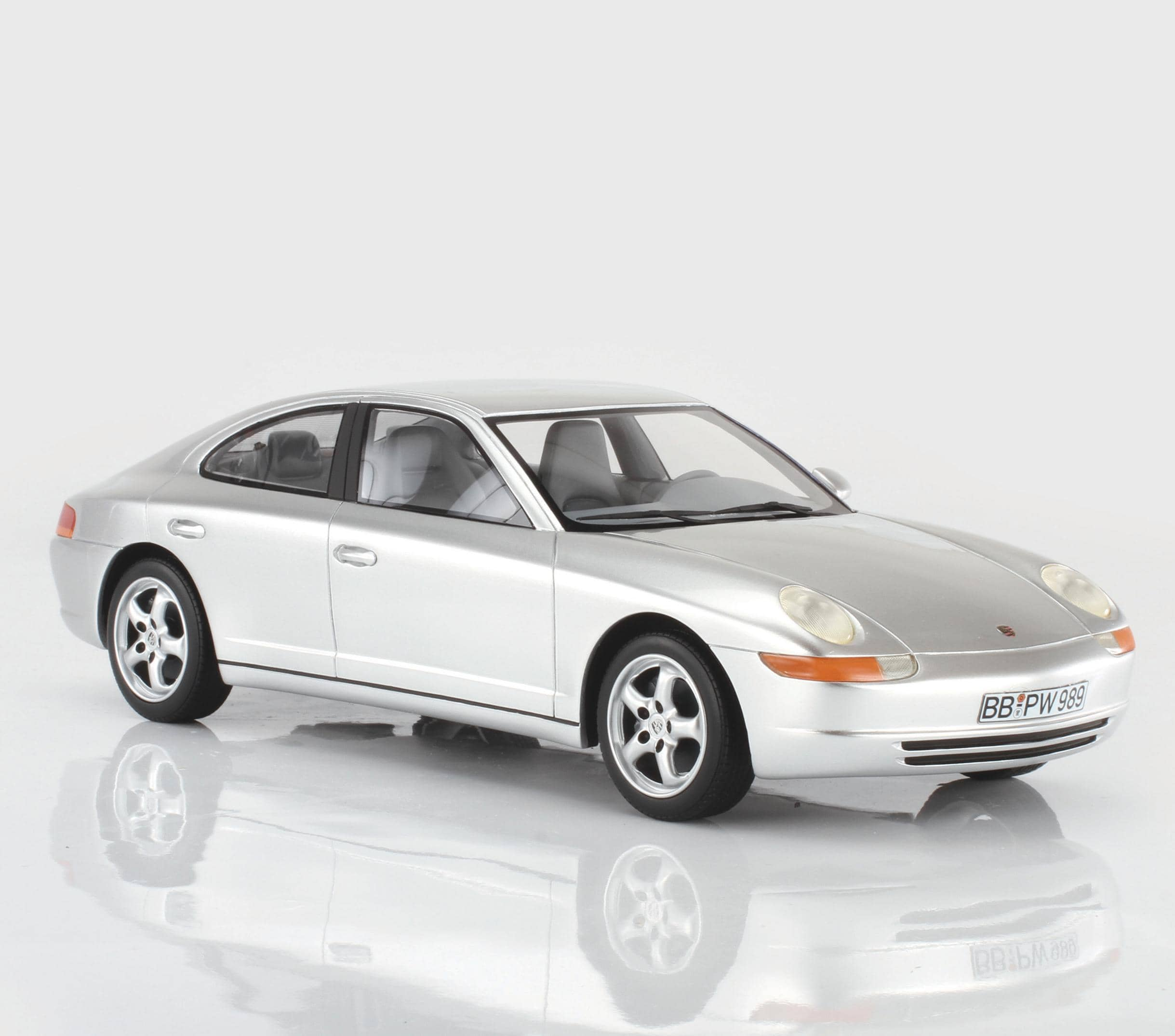 CMF Porsche 989 Prototype