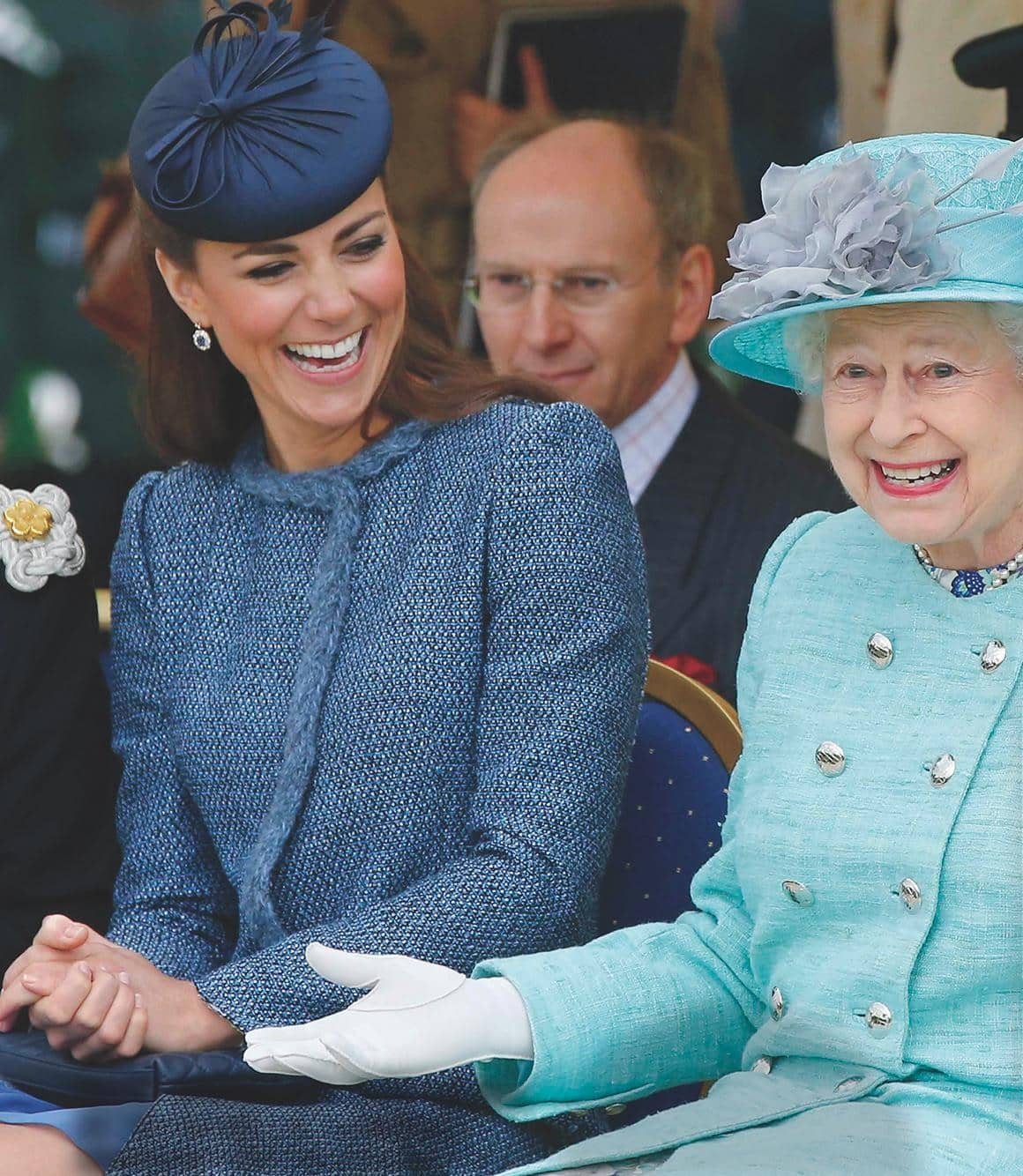 Kate & The Queen's - Unbreakable Bond