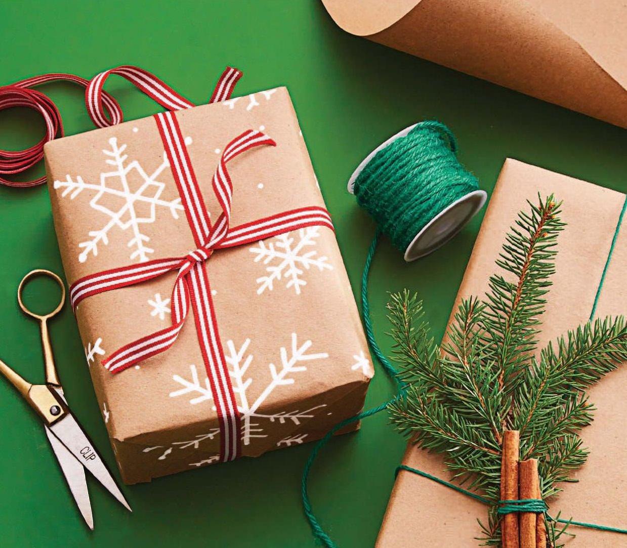 Sweet, Simple, Stunning Gift Wrap