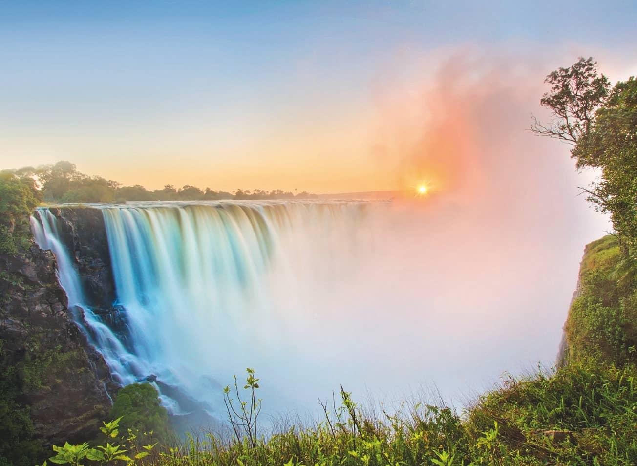 5 Reasons To Visit Victoria Falls
