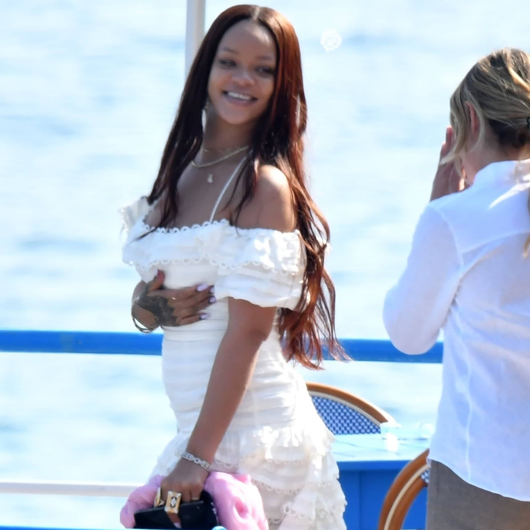 Secret Wedding & A Baby For Rihanna!