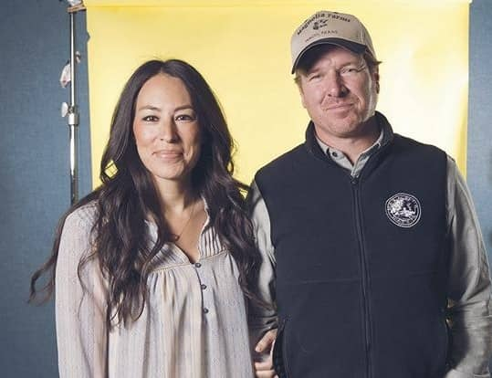 'FIXER UPPER' STAR HAS CHIP ON HIS SHOULDER!