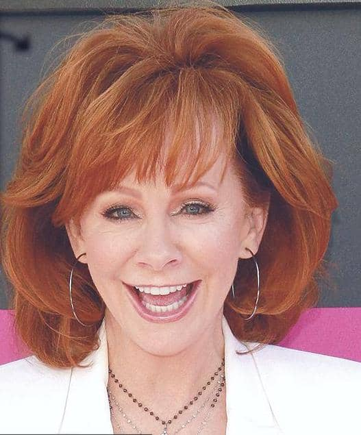 REBA ROLE MODELS ROMANCE FOR KELLY