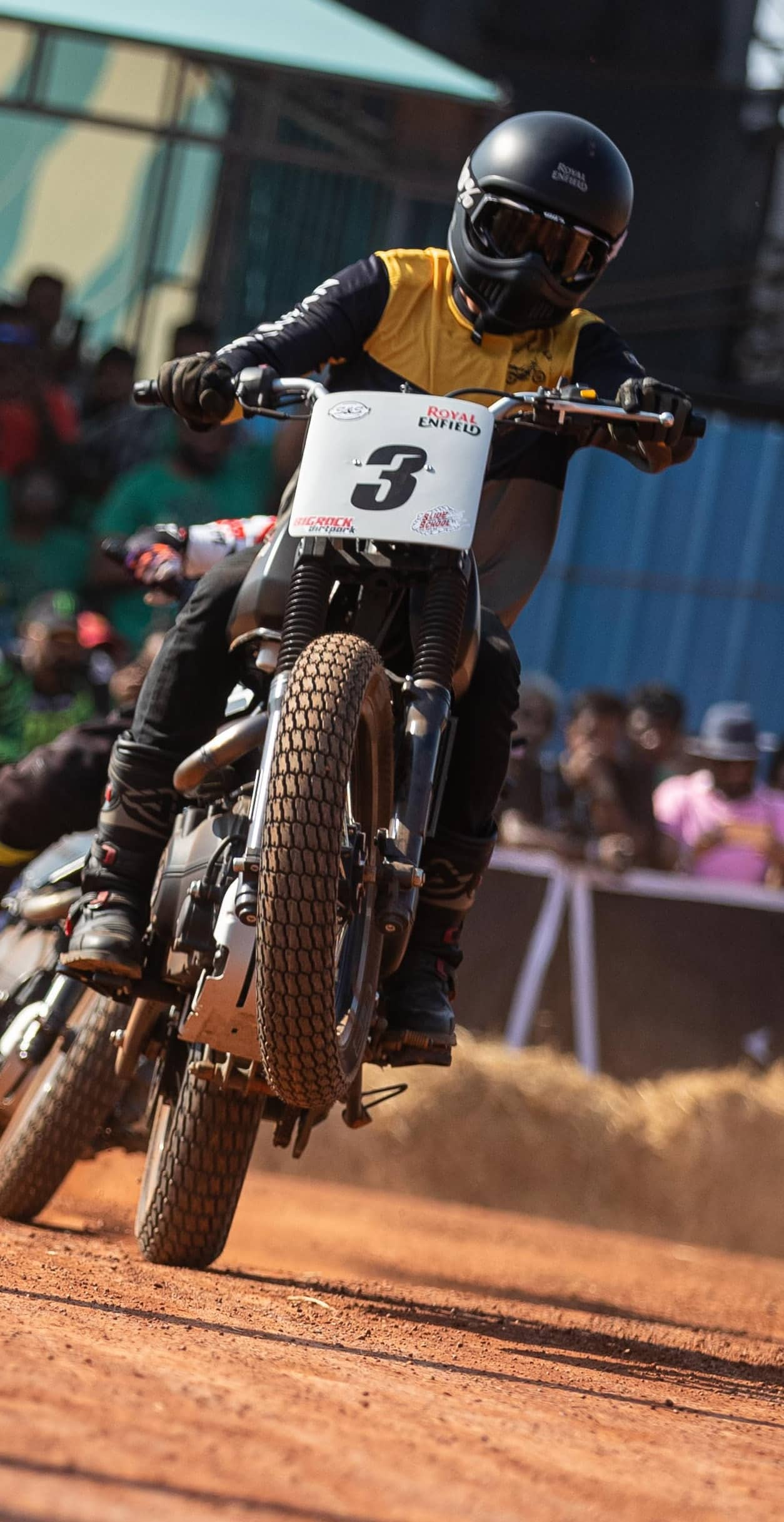 SLIDING SIDEWAYS: THE FOUNDATIONS OF FLAT TRACK RACING IN INDIA